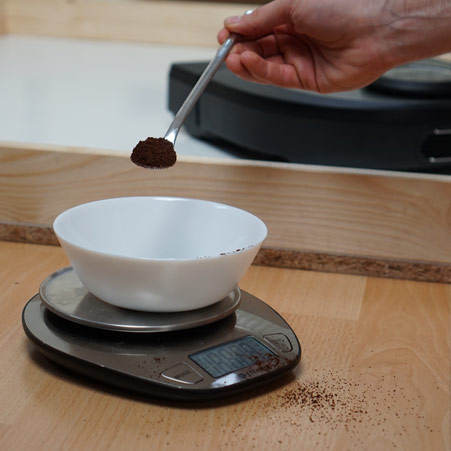 Neato-D7-Kaffee-Saugtest-Galerie