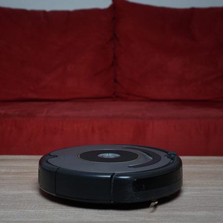 iRobot Roomba 615 seitlich Galerie