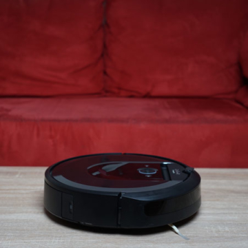 iRobot Roomba i7+ seitlich galerie