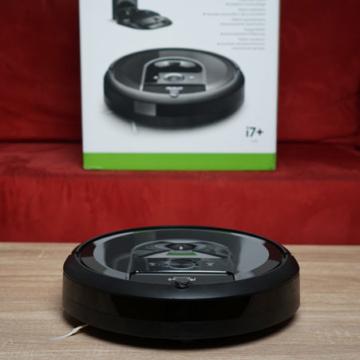 iRobot Roomba i7+ thumbnail galerie