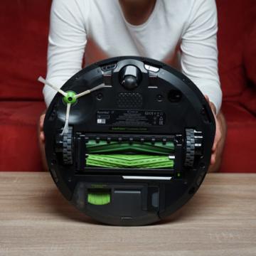 iRobot Roomba i7+ von unten galerie