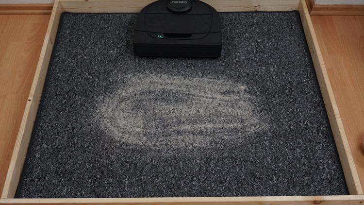 Kurzer Teppich Saugtest vorher