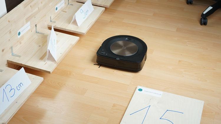 iRobot-s9+-in-Teststrecke-1