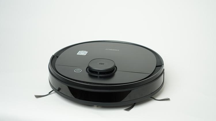 Deebot-Ozmo-950-white