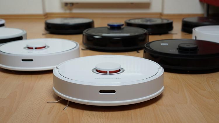 Viele-Roboter-im-Saugroboter-App-Test